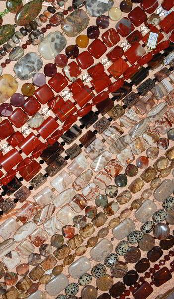 Как правильно выбрать камень в украшениях из натуральных камней