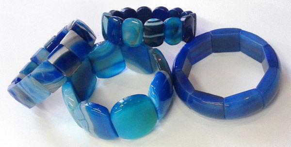Синие и голубые браслеты из камня агат фото