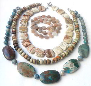 Фото украшений из натуральных камней