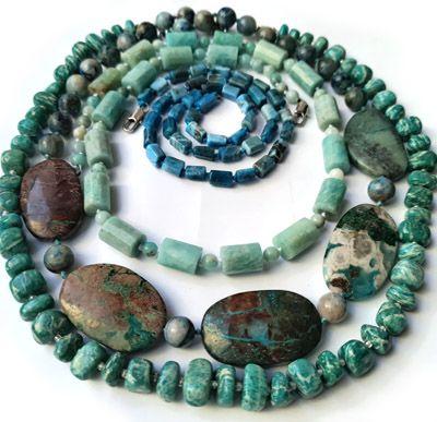 Бусы из редких натуральных камней