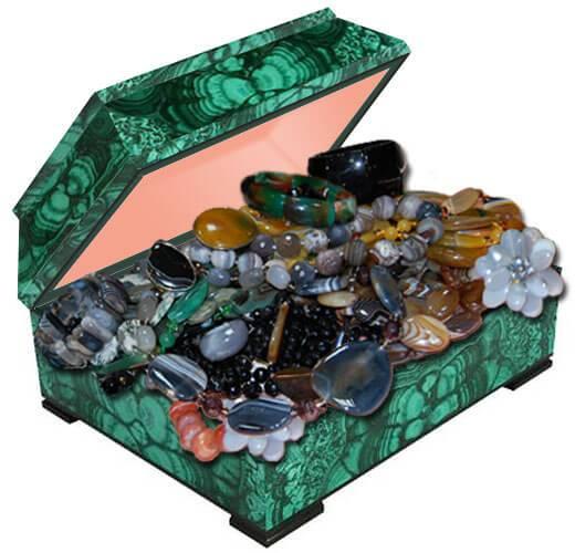Бусы из натурального камня агат купить в Украине по лучшей цене. Камень агат фото и свойства.
