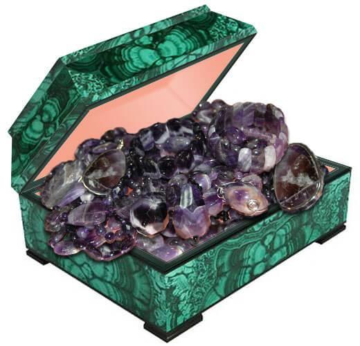 Купите бусы из натурального камня аметист по лучшей цене в Украине. Камень аметист фото и свойства.