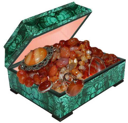 Бусы украшения из натурального камня сердолика