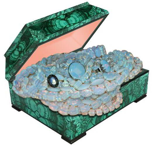 Бусы из натурального лунного камня адуляра купить по лучшей цене в Украине